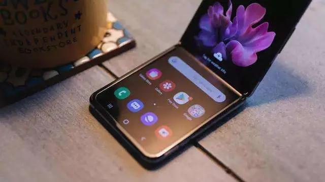 柔性屏的征途,从手机到万物